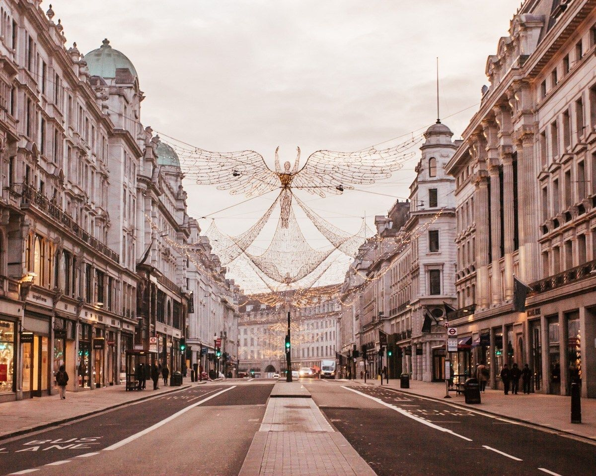 Regent Street S Christmas Angels At Sunrise When The Streets Are Empty Find All The Best Lond Best Christmas Lights London Christmas Lights London In December