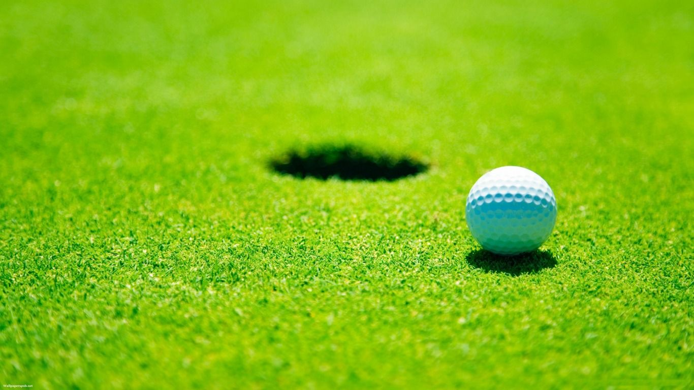 Wallpapers Golf Free High Resolution Widescreen World Of 1366x768 Golf Pictures Golf Ball Golf Courses