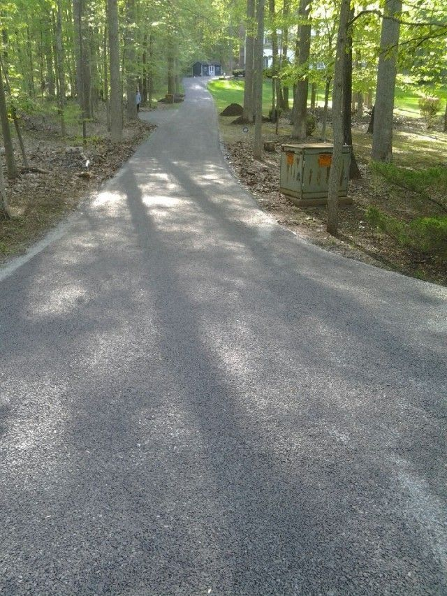 Residential Driveway Chip And Seal Driveway Entrance Landscaping Driveway Landscaping Driveway