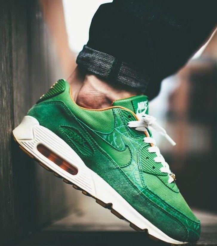 best website 84e2f d6479 Nike Airmax - St. Patricks Day green