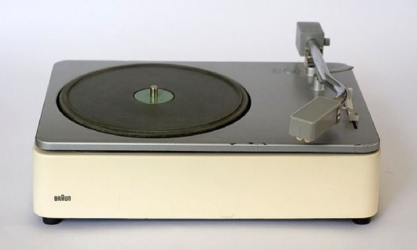 Design Friday. Let's Kick Out The Jams With Dieter Rams! |