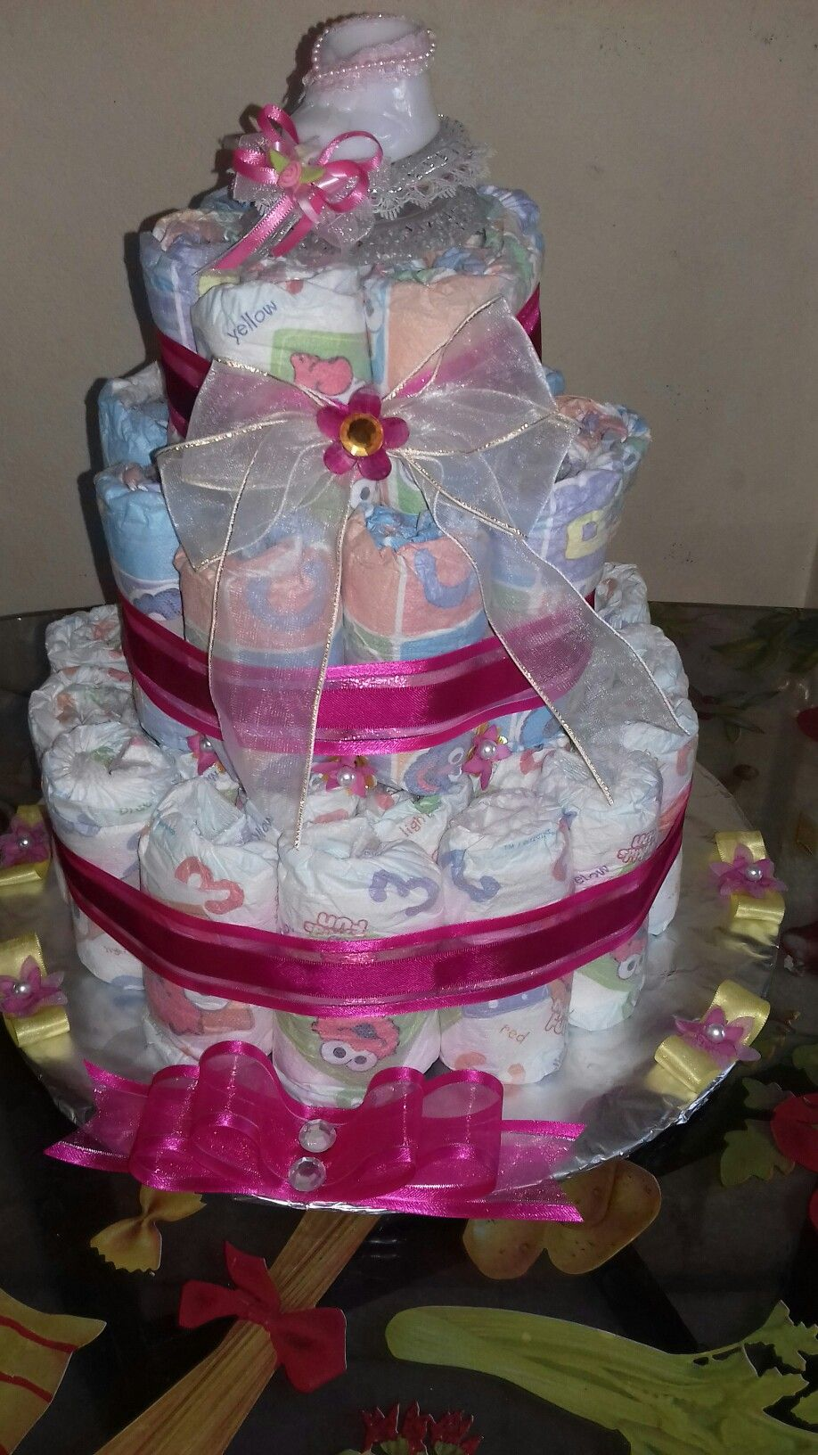 DIY DIAPER CAKE!! so much fun creating it. Easy and