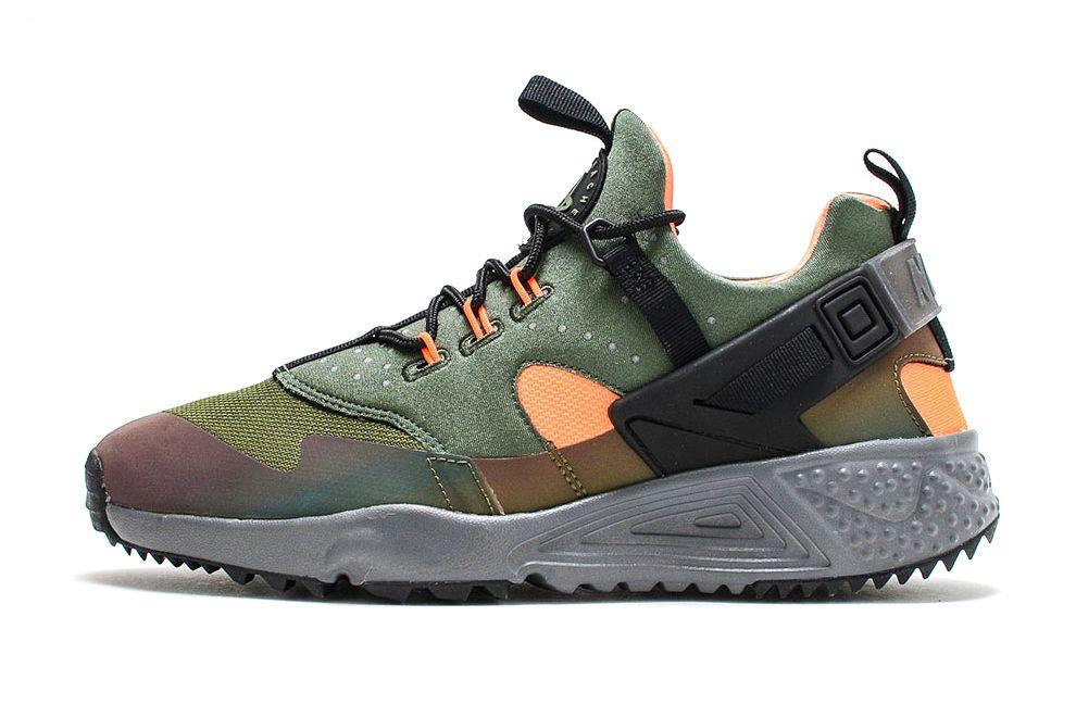 sneakers for cheap 5a249 0b1be Nike Air Huarache Utility