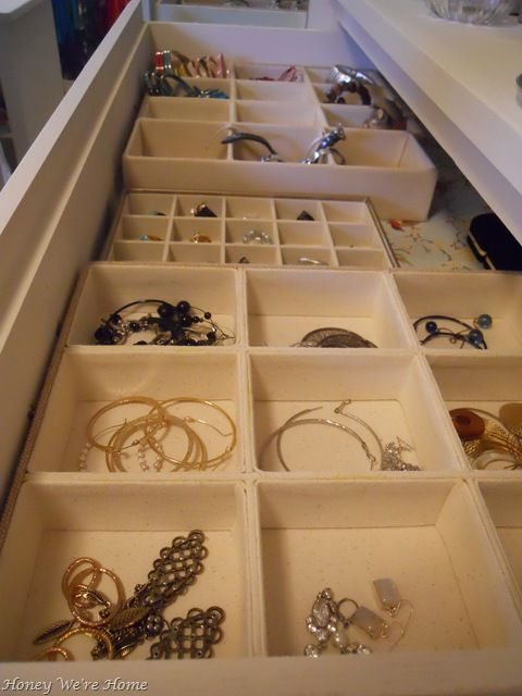 jewelry organizing in a drawer Could layer 2 organizers on top of