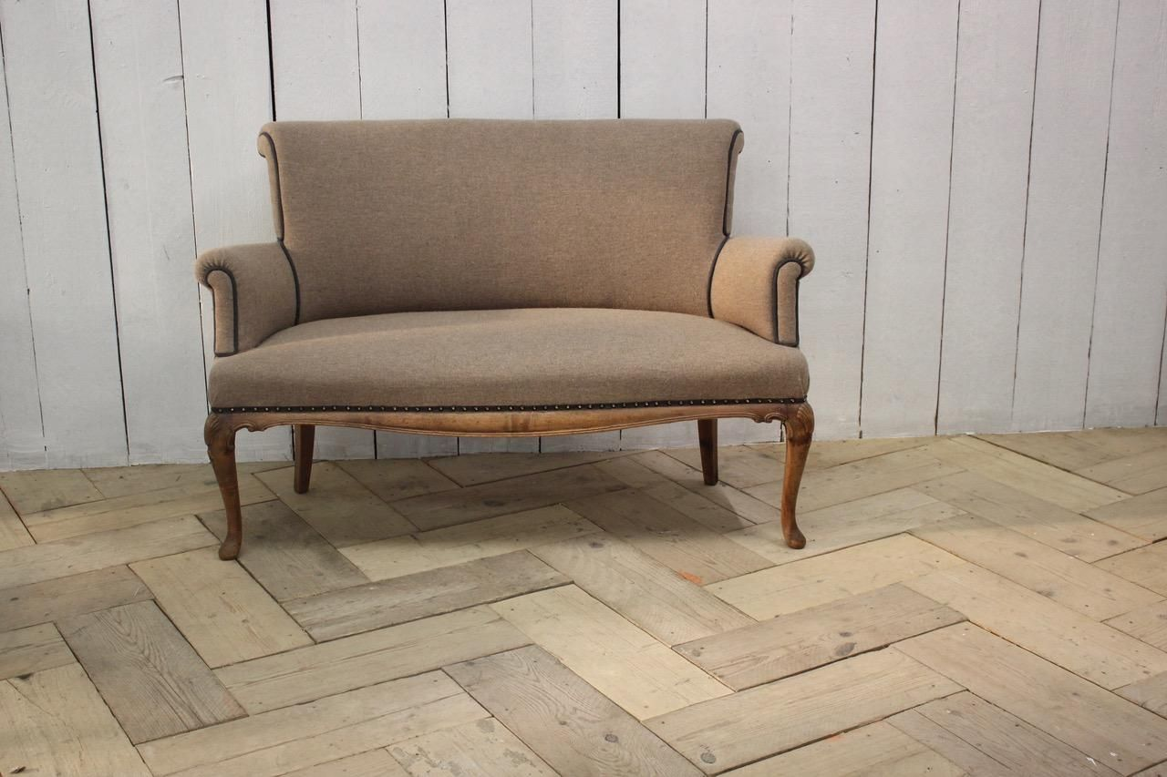 1920s English Small Walnut Settee In The Queen Anne Taste In 2020 Queen Anne French Painted Chairs Walnut Sofa