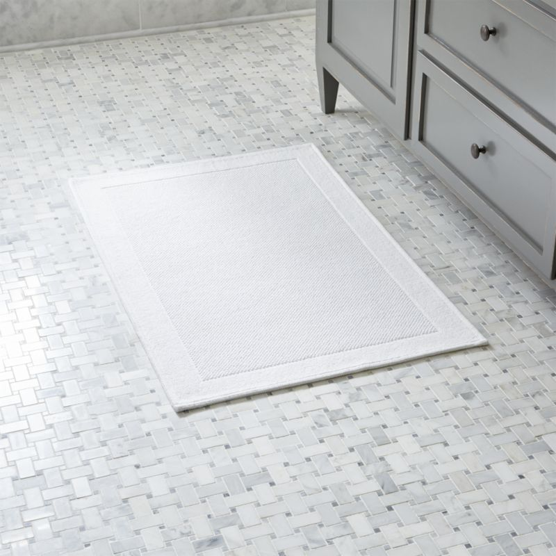 Shop Westport White Bath Rug Subtly Textured White Bath Mat Works In Any Decor Absorbing Wetness And Drying Quickl White Bath Rugs White Bath Mat White Bath