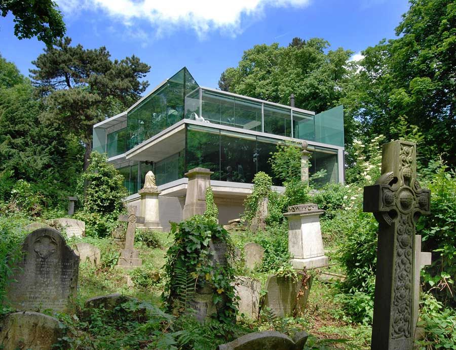 Quite an unusual home overlooking highgate cemetery 85 swains lane highgate london england elliott wood structural and civil engineers