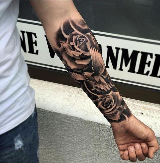Tatuajes De Rosas Para Hombre Impresionantes 372 Fotos Tatuajes De Rosas Tatuajes Tatuajes De Arte Corporal