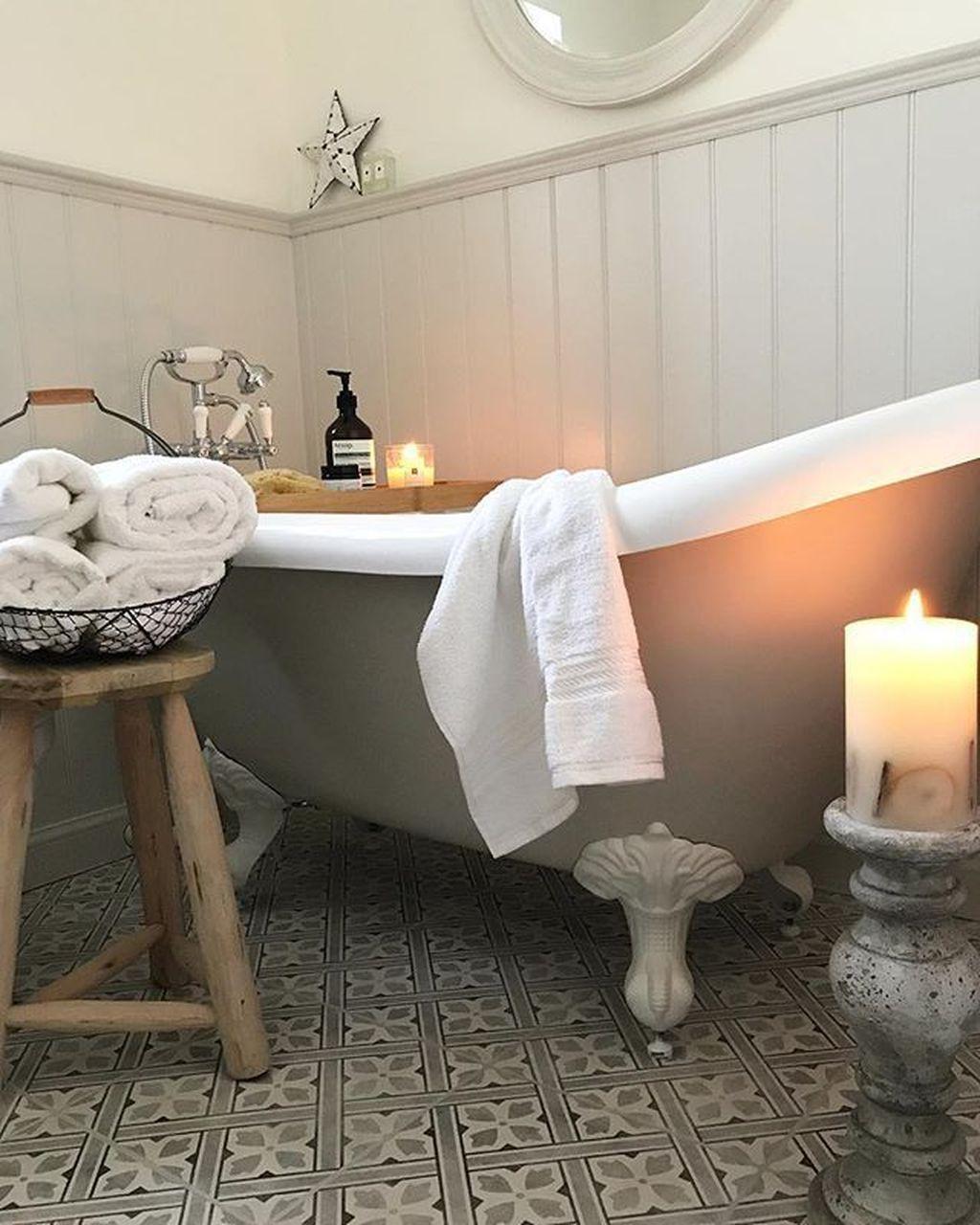 Badezimmerdesignideen Die Entzuckende Nicht Sie Sollten Traditionelle In 2020 Viktorianisches Badezimmer Badezimmer Innenausstattung Minimalistisches Badezimmer