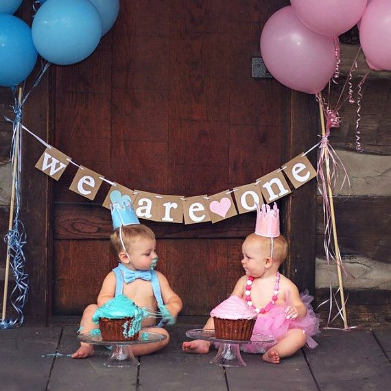 "Deux filles /""We are one/"" Birthday Party Bunting Rose et Or"