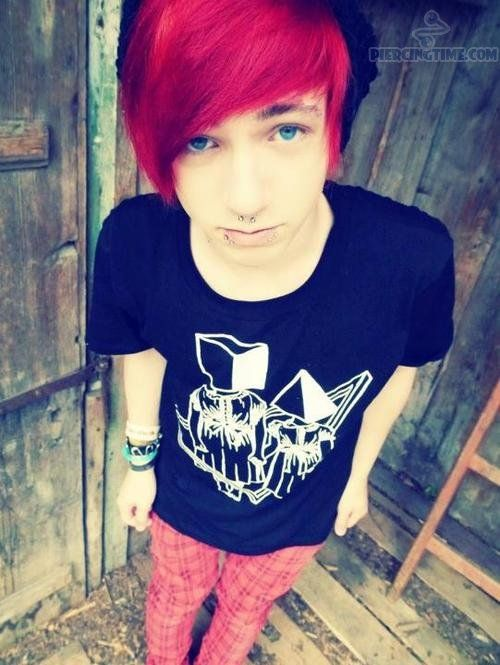 Meadow Has Fire Red Hair With Bright Blonde Tips And Golden Eyes Cute Emo Boys Cute Emo Emo Scene Hair