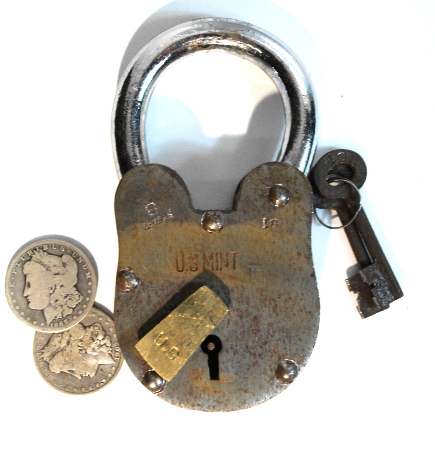 United States Mint Padlock U S American Iron Brass With Key Hole 2 Lb 6 Inches T Brass United States Mint Rare Antique