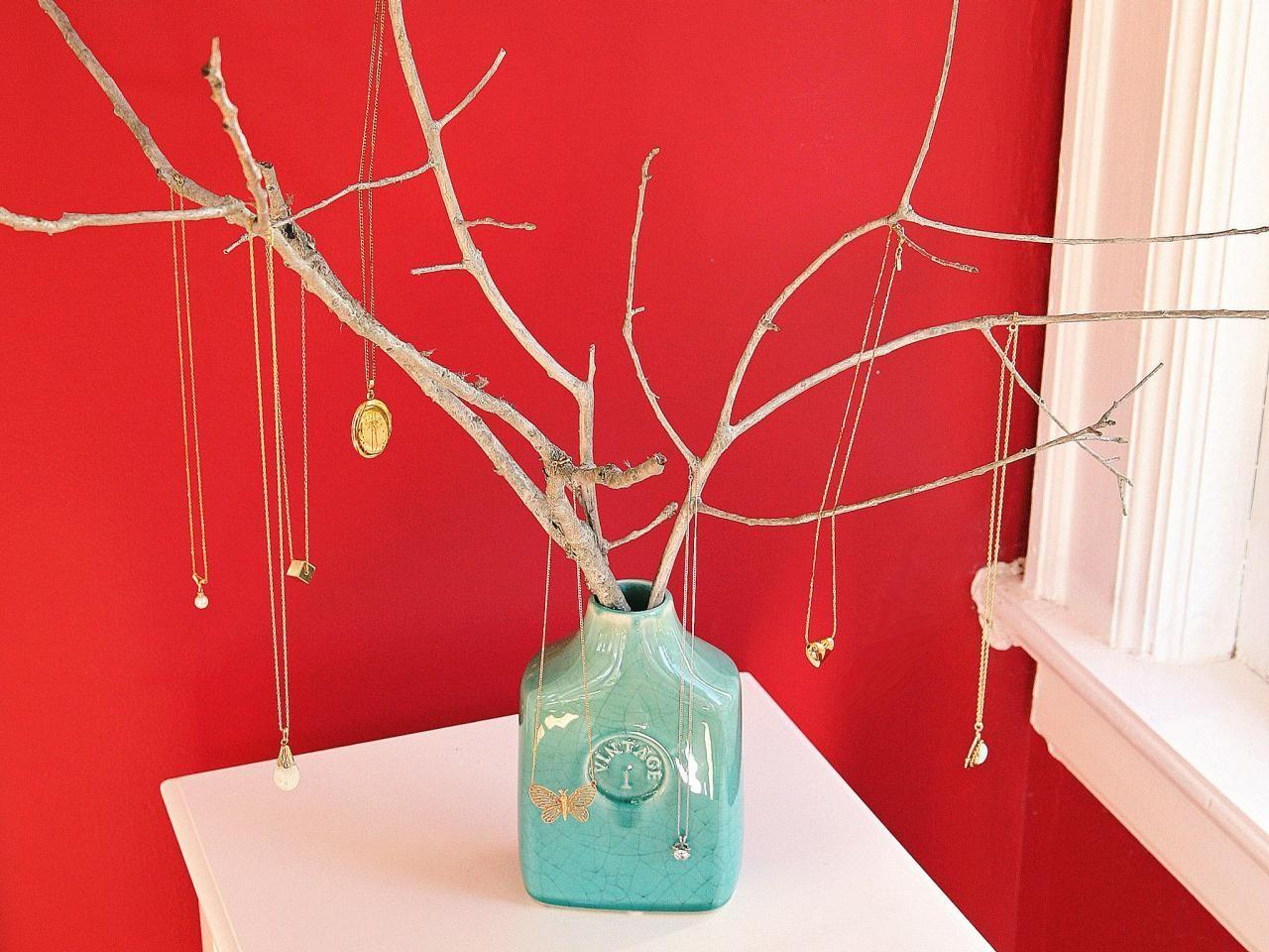 9 pin worthy jewelry storage ideas display jewelry storage and 9 pin worthy jewelry storage ideas diy jewelry treejewelry solutioingenieria Image collections