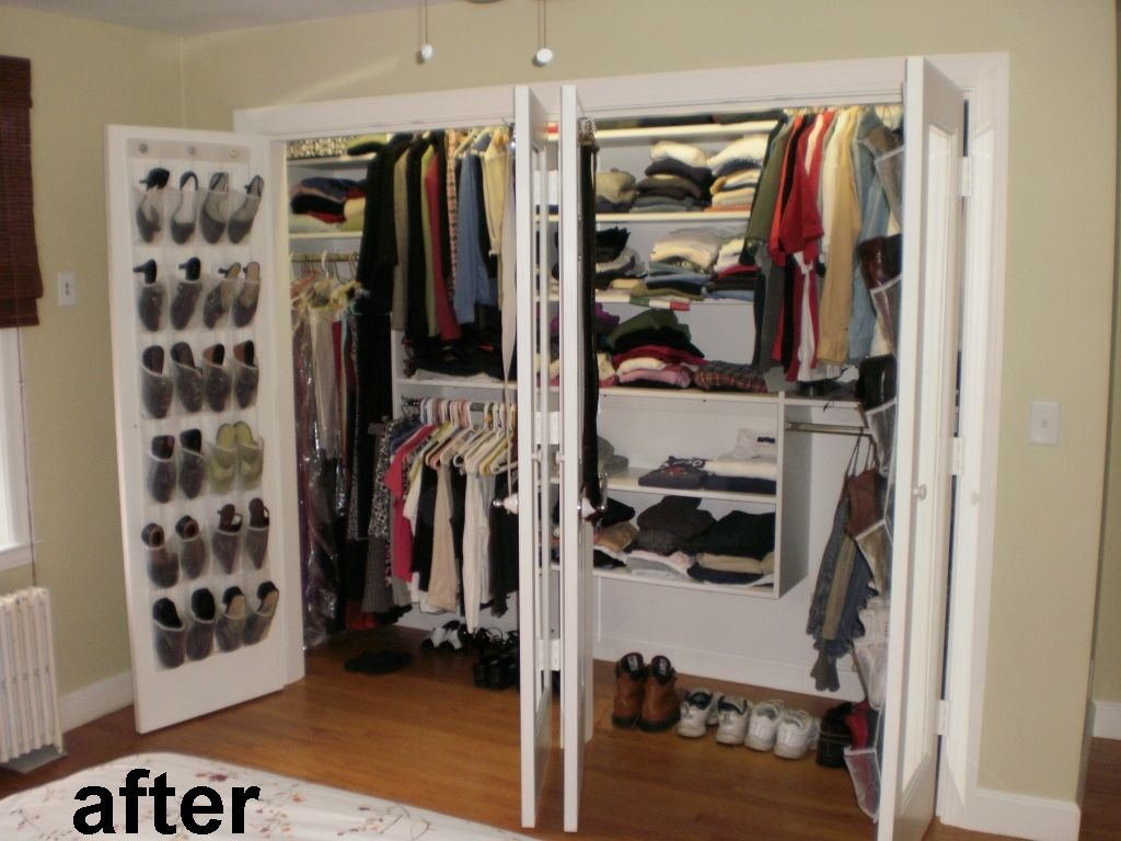 Ten Foot Wide Reach In Closet With California Closets Type Organizer Inside And Mirrors