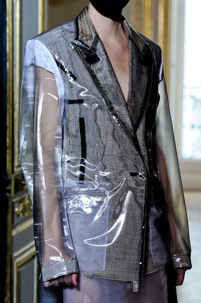 Maison Martin Margiela at Couture Fall 2011   Deconstruction fashion, Fashion, Fashion design
