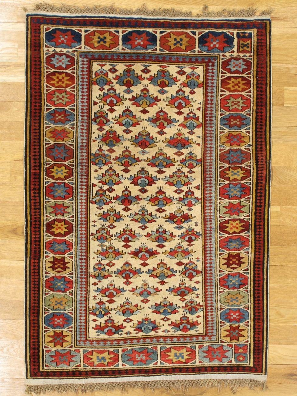Kuba Rug From Eastern Caucasus West Coast Of The Caspian Sea Age Circa 1875 Size 4 11 X3 5 150x104 Cm Sold Rugs On Carpet Rugs Antique Carpets