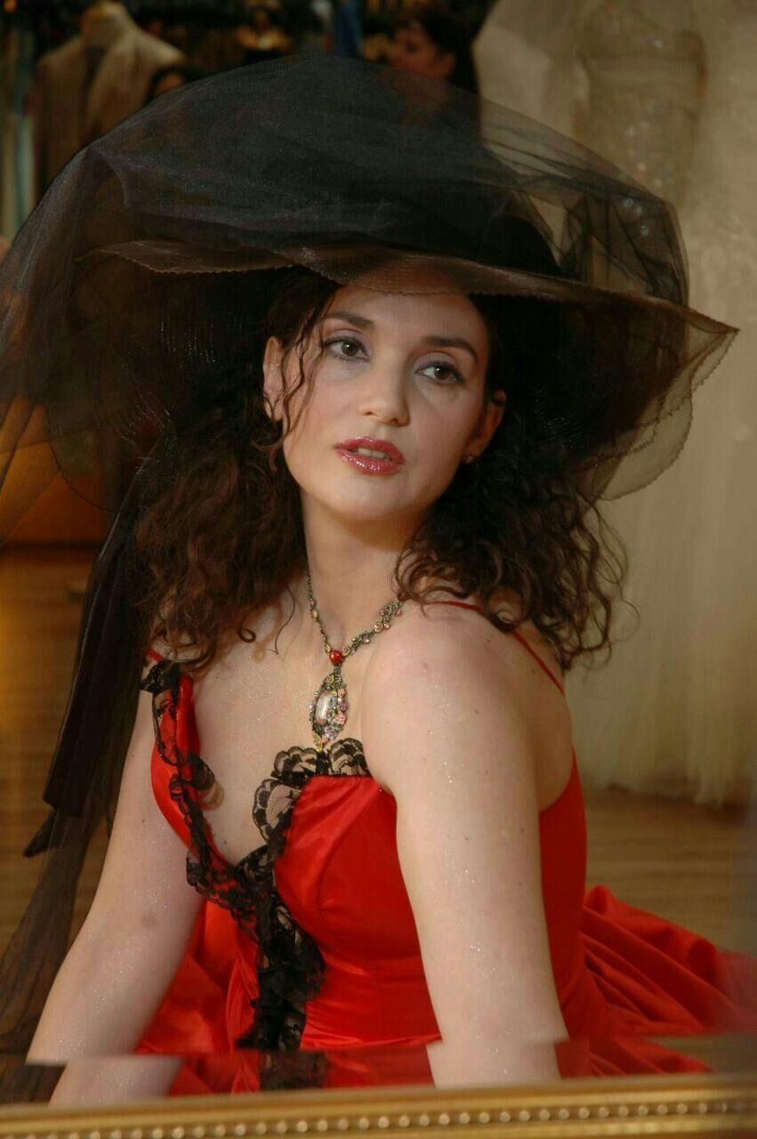 501318f4ffd Milica Milsa, Serbian actress | Milica Milsa actress | Hair styles ...