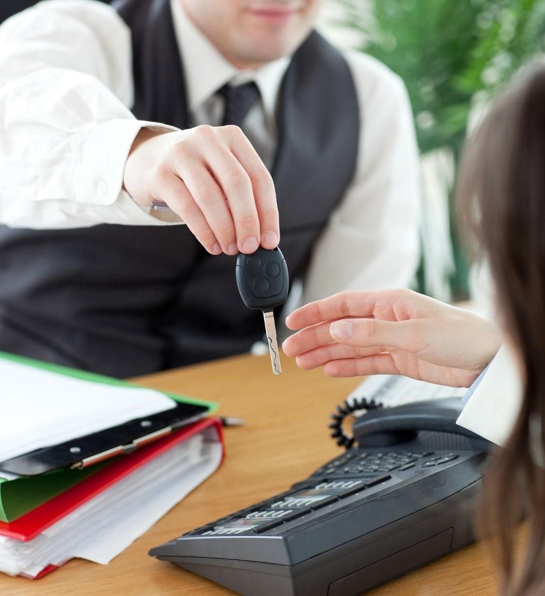 Get Help in Acquiring an Auto Loan from Car Dealers for