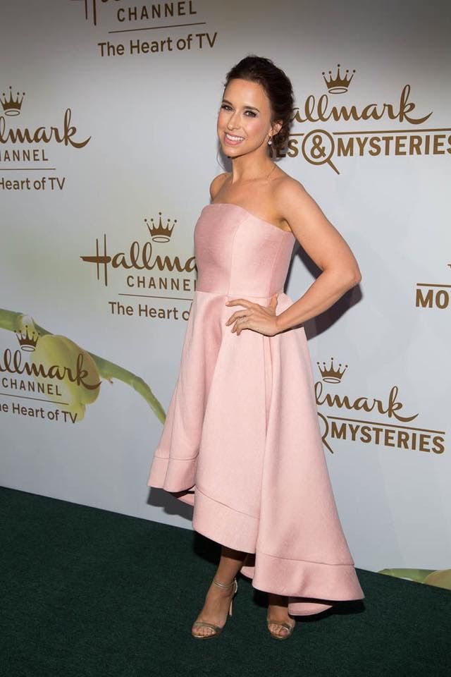 Pin by Ceil Grant on Hallmark Movies (With images)   Lacey ...
