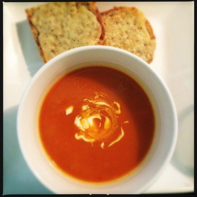 Pompoensoep met tomaat en kerrie - Francesca Kookt