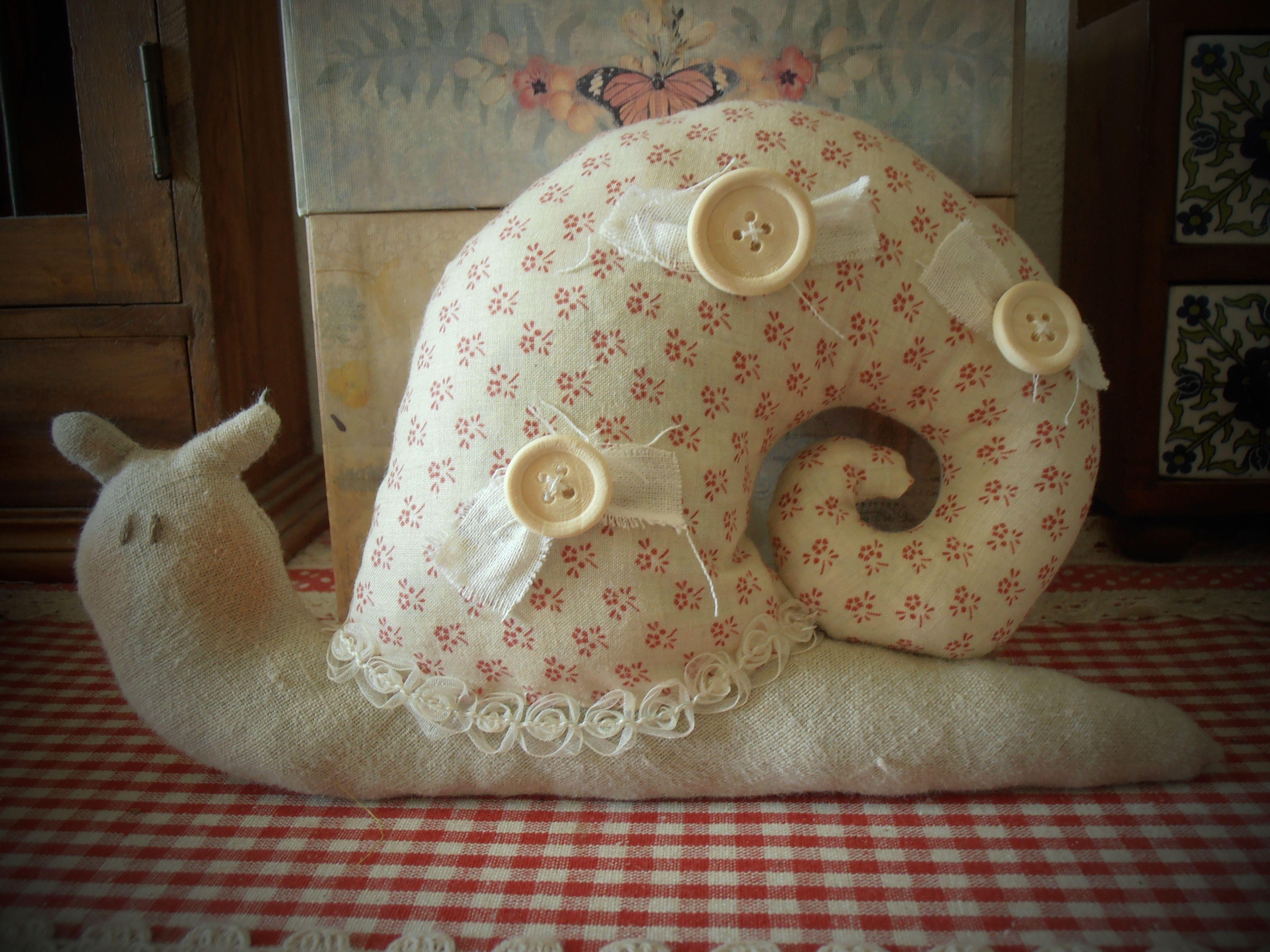 Tilda's snail with lavander Lumaca Tilda con lavanda