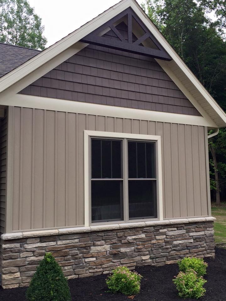 Stone Wainscot Blizzard Laytite J N Stone Exterior Remodel Dream House Exterior House Exterior