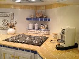 Risultati immagini per piastrelle di vietri per cucina cucine