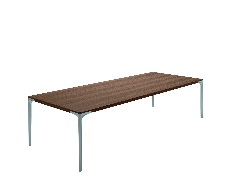 Der Tisch T 70 Von Hulsta Ein Wahres Meisterstuck Und Eleganz Pur Die Durchgangige Tischplatte Steht In Naturlicher Eiche Oder Edlem Nuss Hulsta Esstisch Tisch