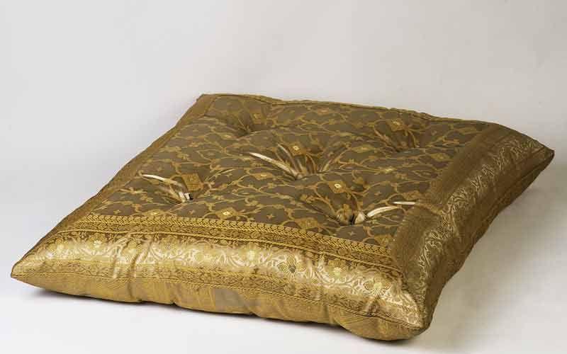 Monsooncraft.com - Shop Yoga Pillows and Sari Floor Pillows | Floor ...
