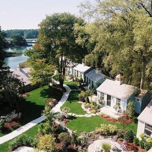 the cottages at cabot cove kennebunkport maine places to stay rh za pinterest com