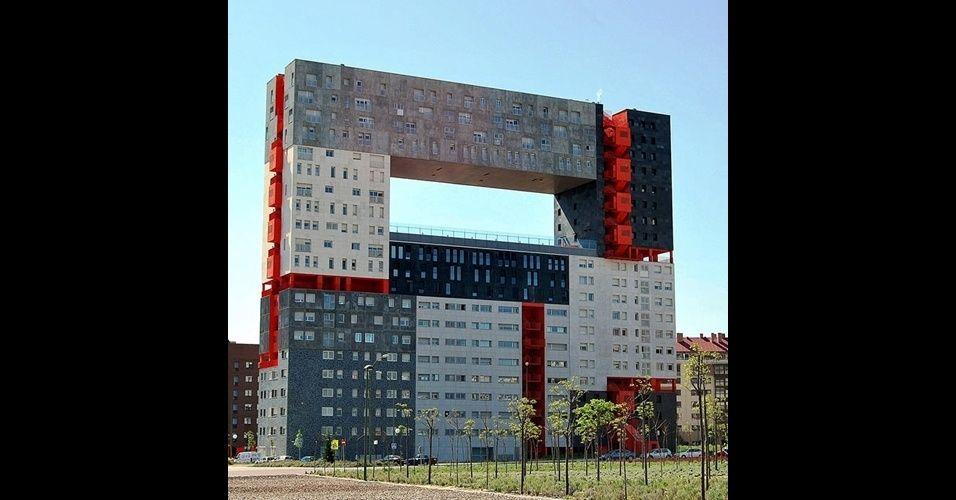 Edificio Mirador, na Espanha Leia mais em: http://zip.net/brs10w