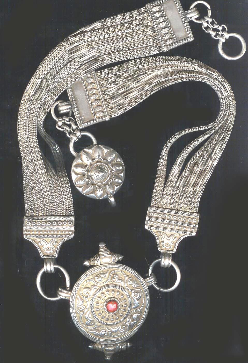 Antiquities New Fashion Gorgeous Antique Silver Filigree Ornament For Necklace 19-20th Century Excellent Goods Of Every Description Are Available Antiques