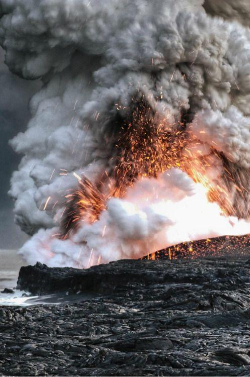 Volcano in Hawaii By Alain Barbezat