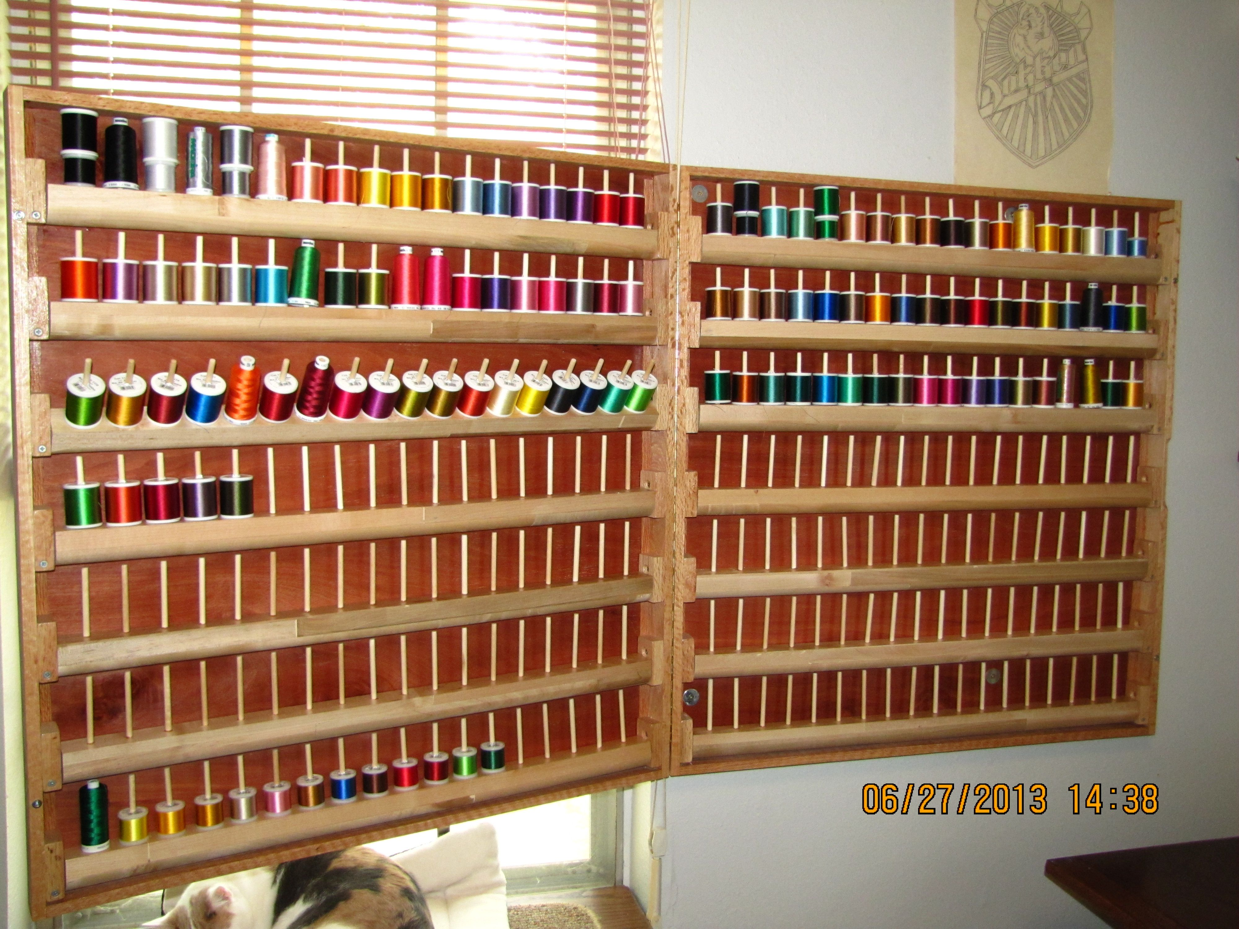 252 spool embroidery thread rack with pivoting spool ...