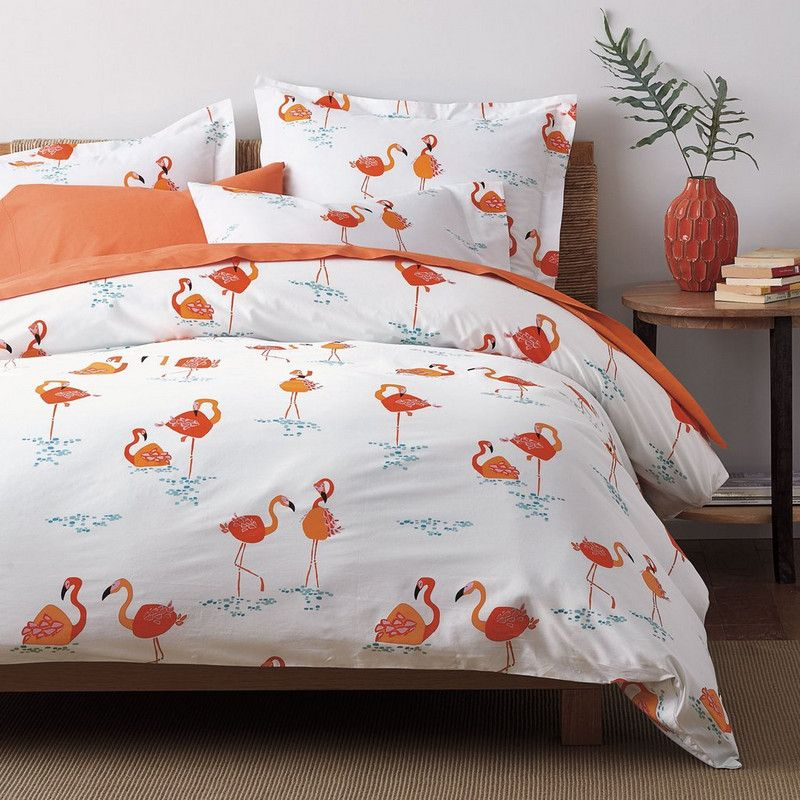 Hot On The Flamingo Beat Once Again New Company Catalog Arrived At My House And Flamingos Were Everywhere Sheets Duvet Cover