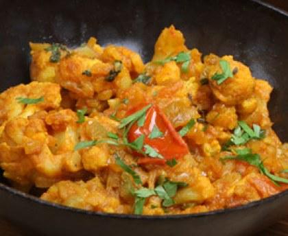 Curry végétarien | Recette en 2020 | Curry végétarien ...