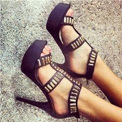 Sumptuous Contrast Color Metal Decoration Platform Sandals