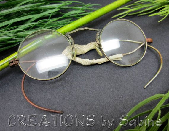 676b007ab86 FREE SHIPPING Antique Spectacles Eyeglasses with Mother of Pearl Nose  Pieces   Round Lenses Metal Frame Old Eyewear Steampunk Vintage by  CREATIONSbySabine