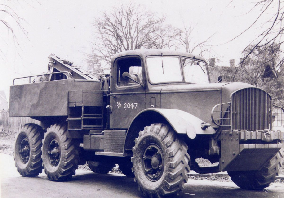 Mack Lmsw 29 Wrecker Built For The British Army In 1941 42 Military Vehicles Army Truck Heavy Duty Trucks