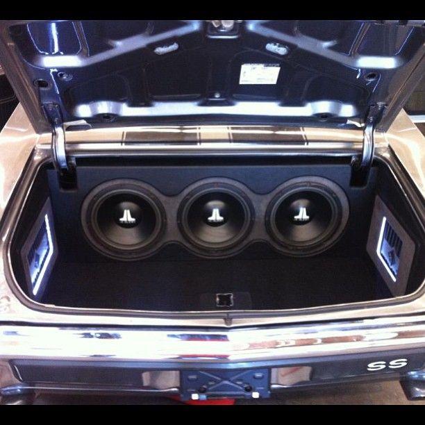 chevelle jl audio custom sounds interior trunk car stereo