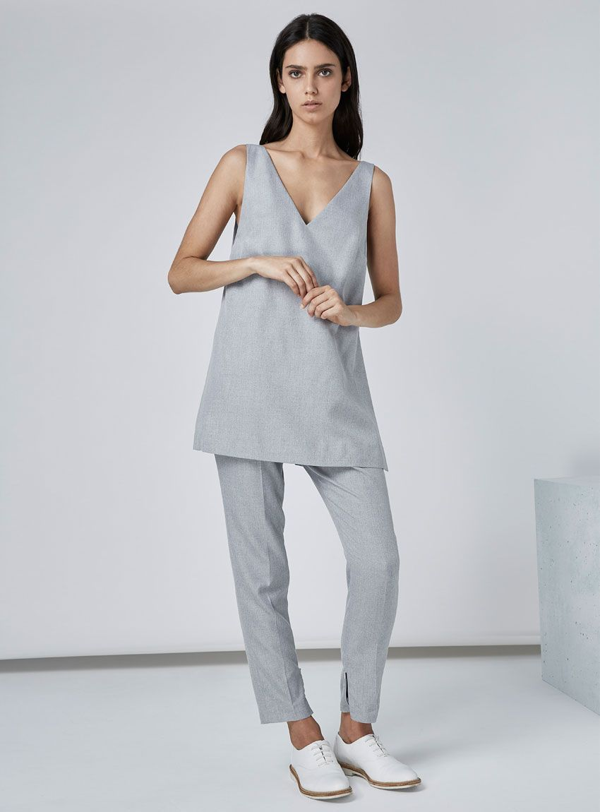 Finders Keepers Serene Top – Grey Suiting