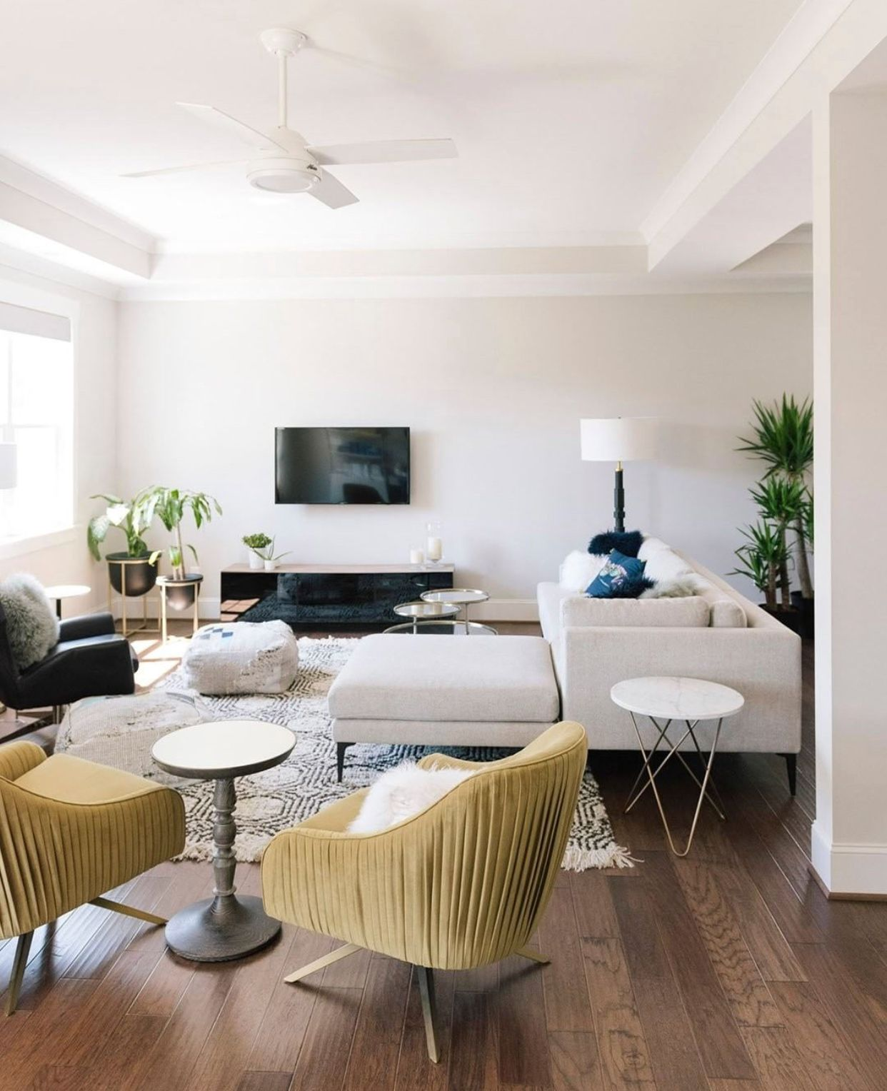 learn how to create the perfect living room with these key principles to follow