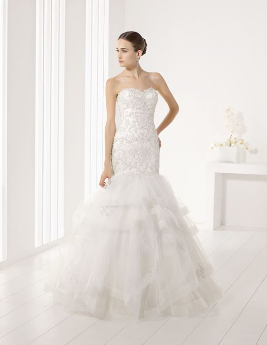 JUNO - Adriana Alier wedding dress with detailed bodice and tiered dropped-waist skirt