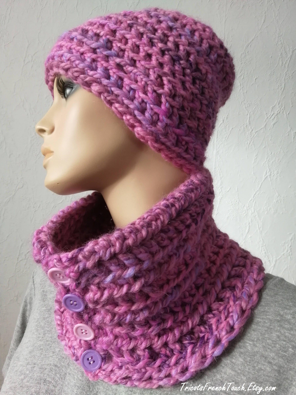 bd266d666bad Bonnet et col en laine rose fait main au crochet.Ensemble bonnet écharpe  fille laine rose parme.Bonnet col boutons pour femme ou ado fille