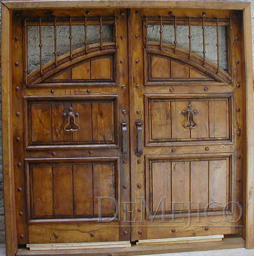 Puerta antigua decoraci n de interiores pinterest for Puerta casa antigua