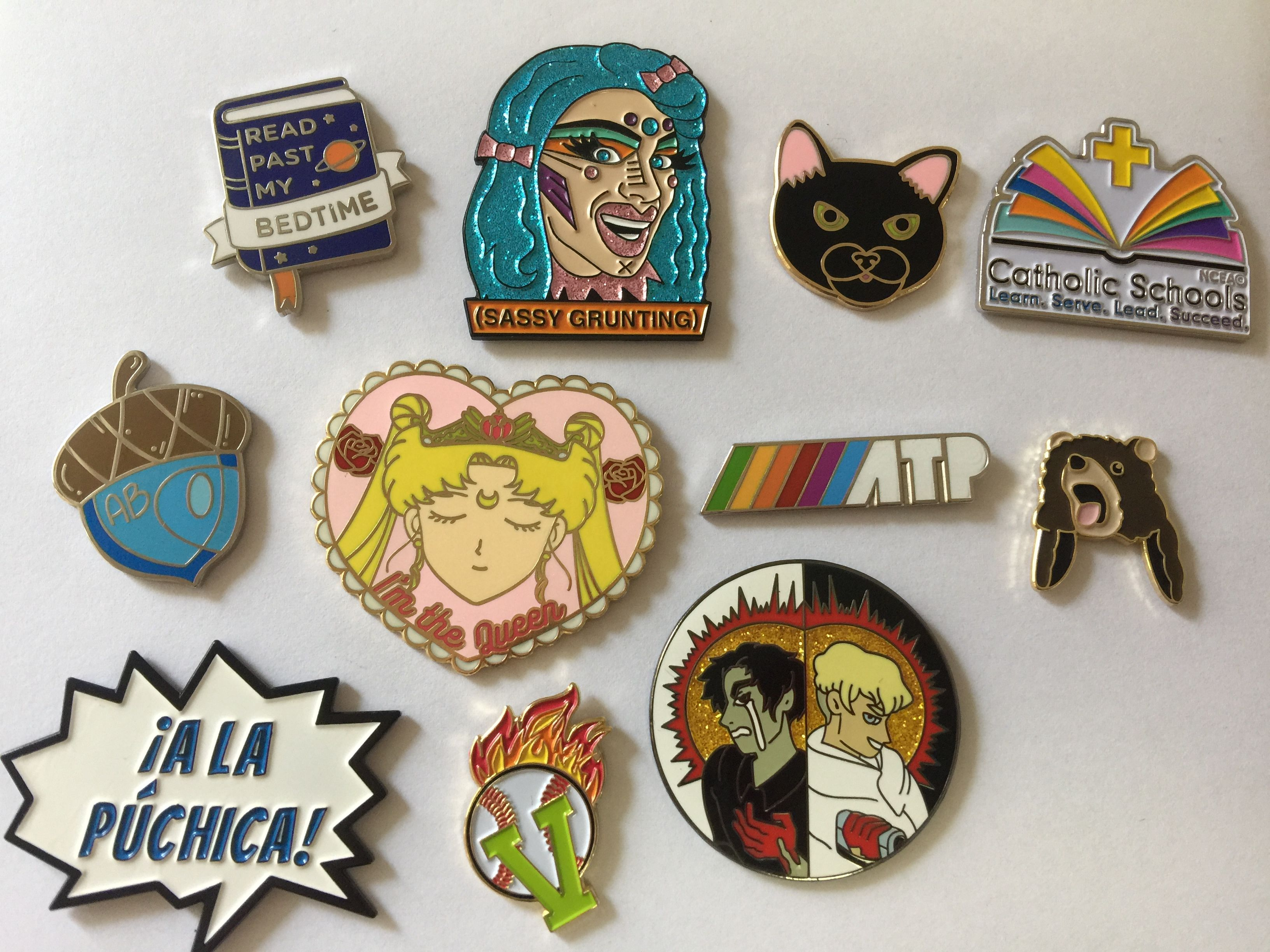 custom pins vendor from China! needs to contact me email:sales01
