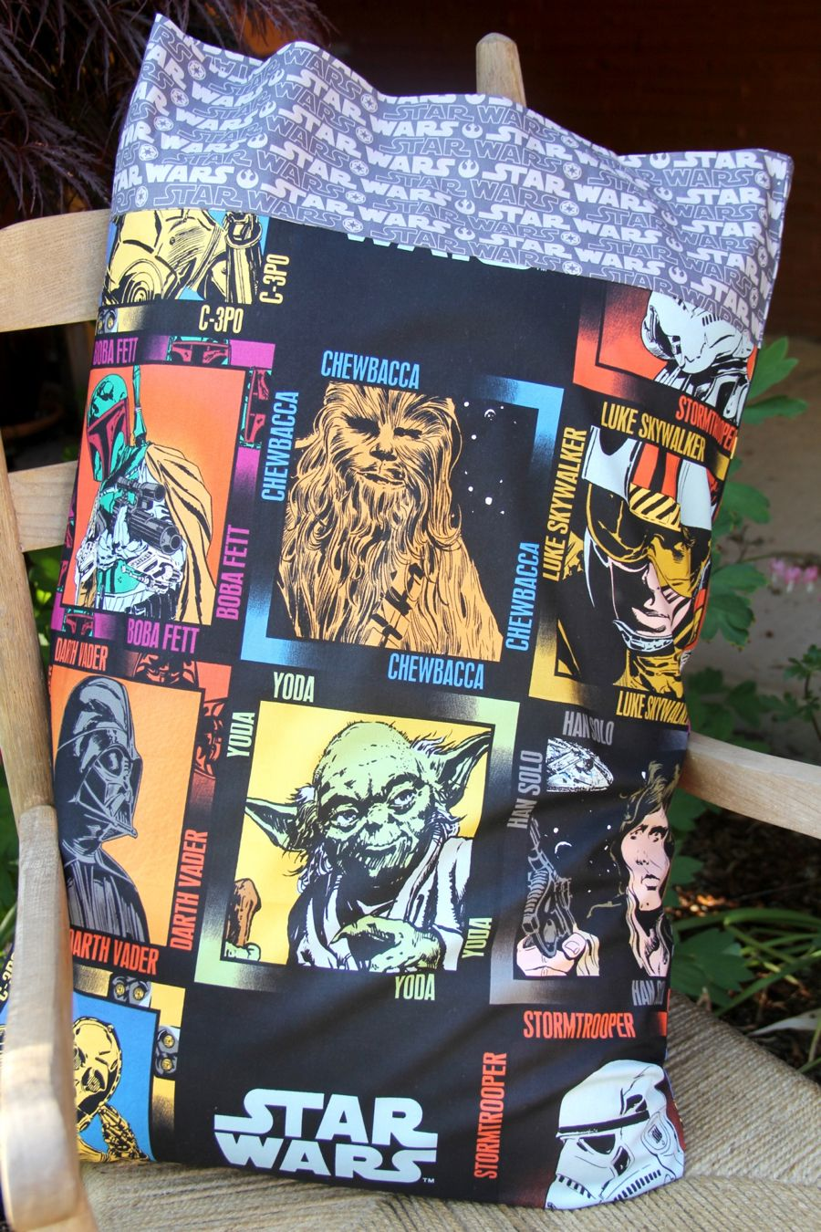 Disney Craft: Out of This World Star Wars Pillowcase & Disney Craft: Out of This World Star Wars Pillowcase | Starwars ... pillowsntoast.com