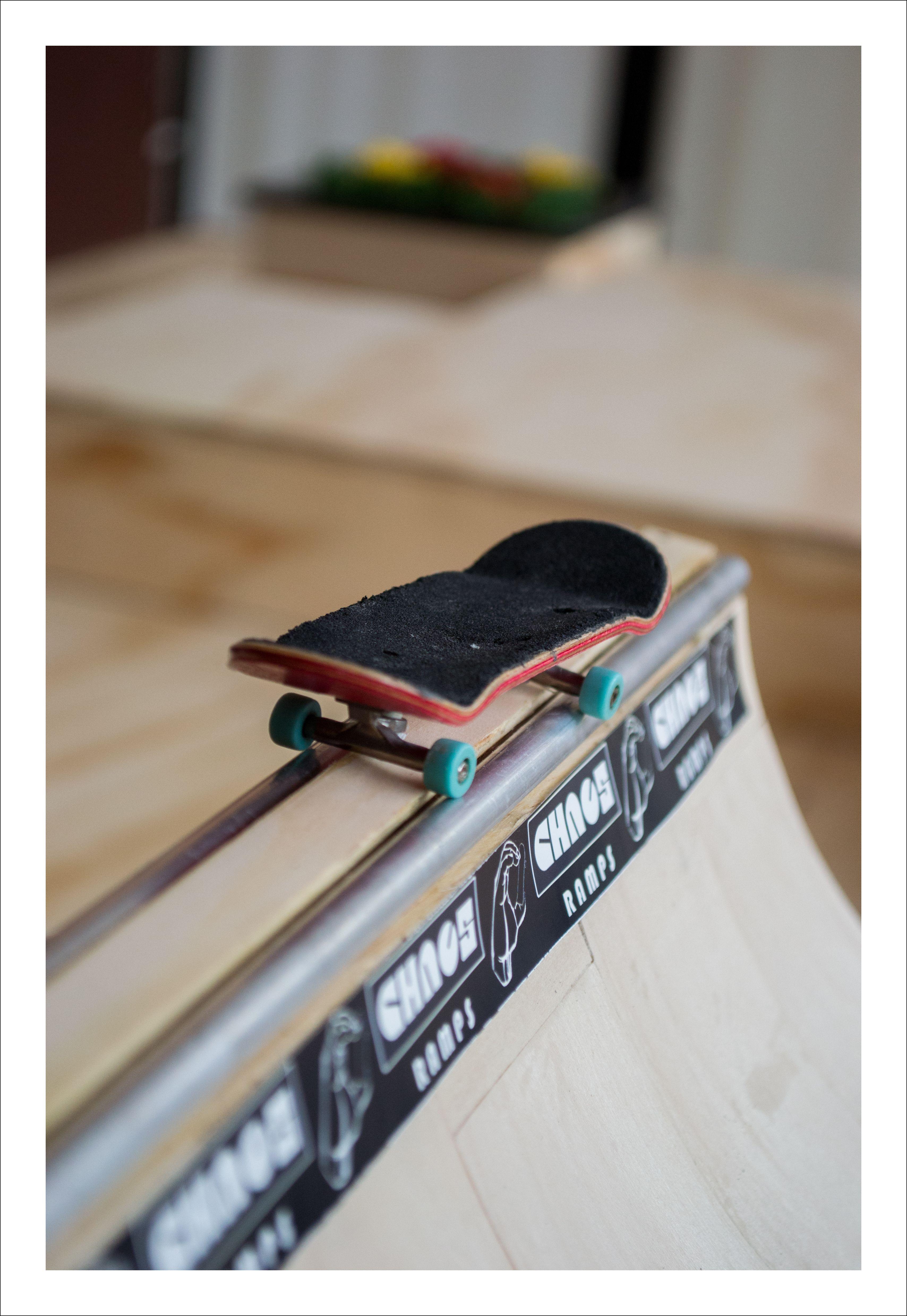 Pin En Fingerboard