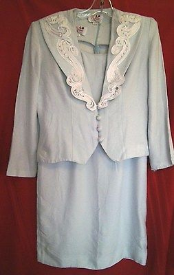 Caron Sheath Dress Mint Green with White Lace Trim Long Sleeve Jacket Size 10 Re-pin  if you like!