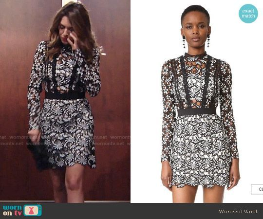 Chloes Black And White Lace Dress Young And The Restless